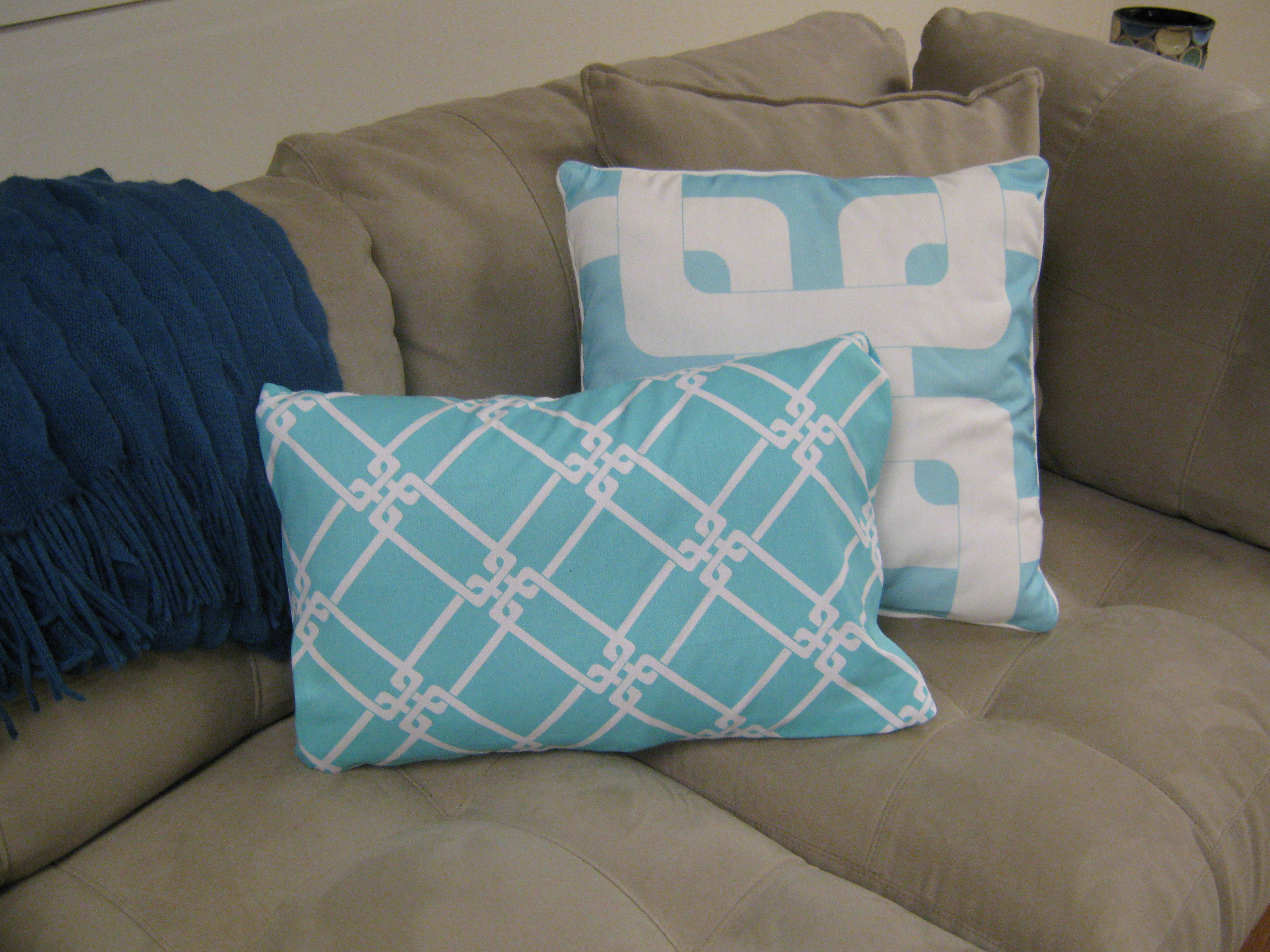 Make Removable Throw Pillow Covers : How To Make No Sew Removable Pillow Covers Finding Silver Linings